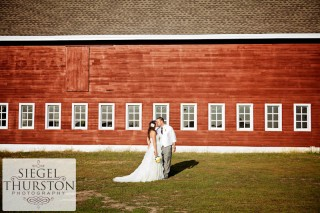 ackerhurst-dairy-barn-Nebraska-wedding